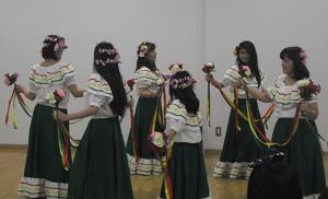 外国の踊り_2